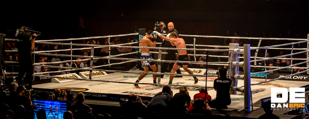 Gabriel Varga (right) vs. Shane Oblonsky at Glory 17 in L.A. on June 21, 2014